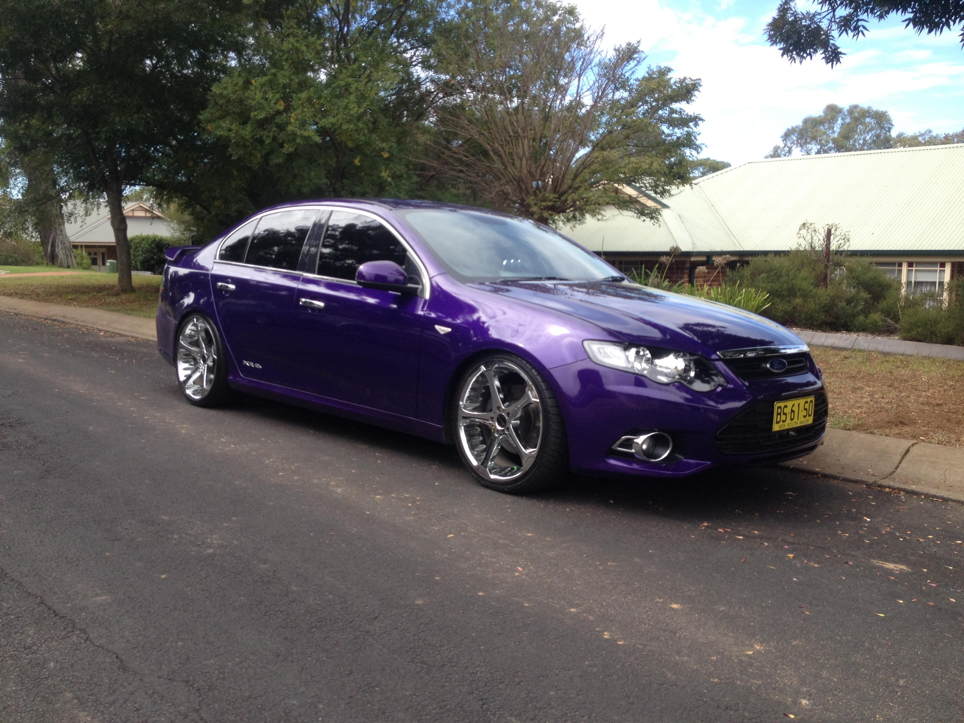 Garage ford xr6 for Garage ford nice
